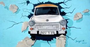 Autoversicherung Berlin - Graffiti Berliner Mauer