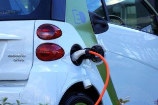 Kfz Versicherung Elektroauto